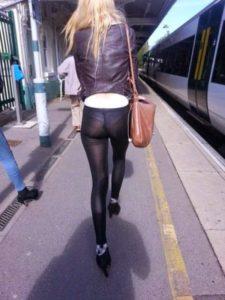 Prześwitujące legginsy