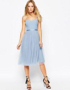 Sukienka w kolorze nieba